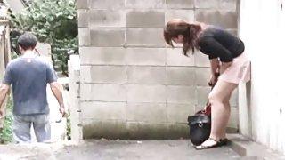 Домашнее порно папы Воровство письку и волосы на пешеходной улице девушки..3